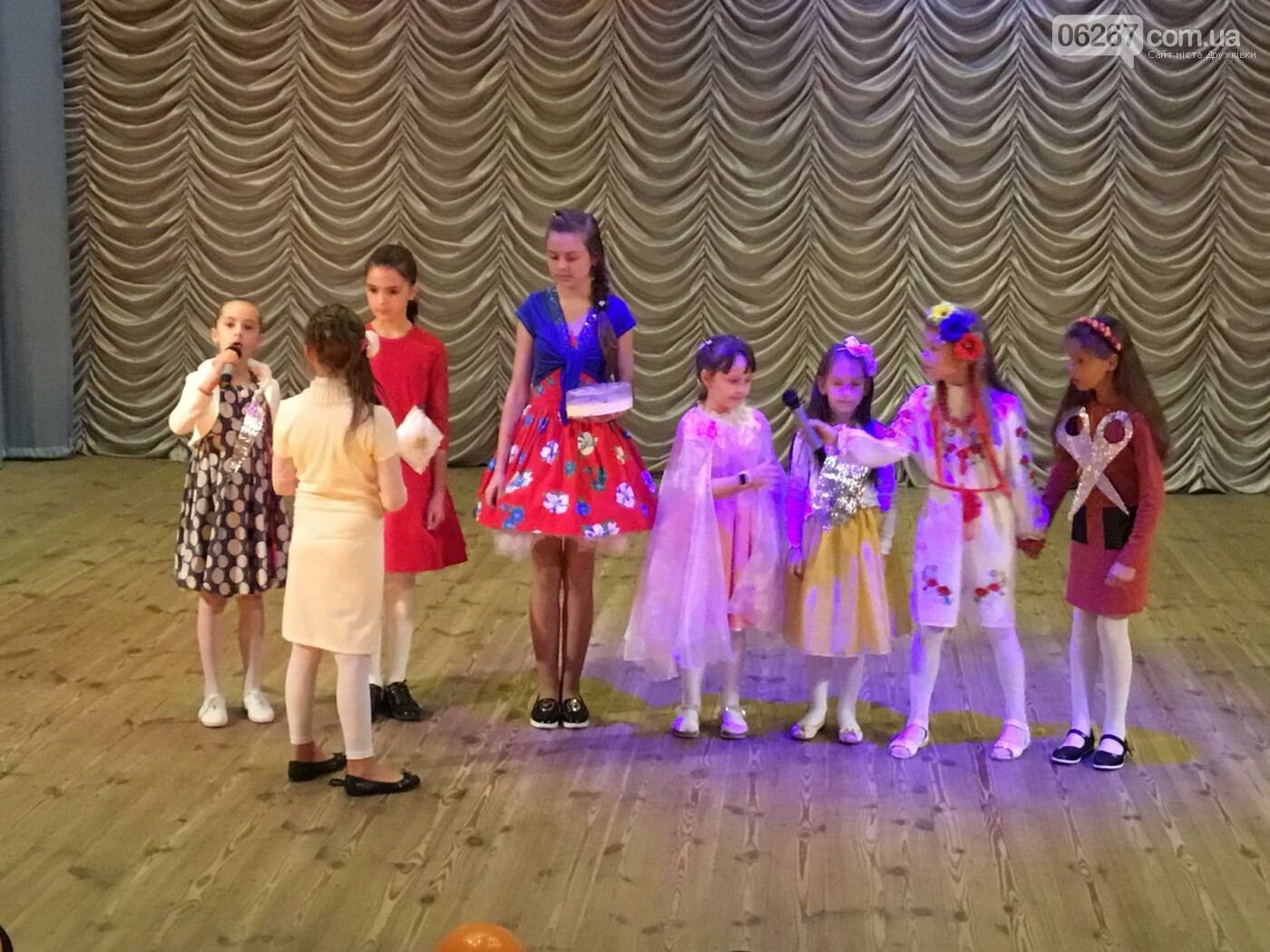 В Дружковке в честь Дня художника наградили юных творцов, фото-2