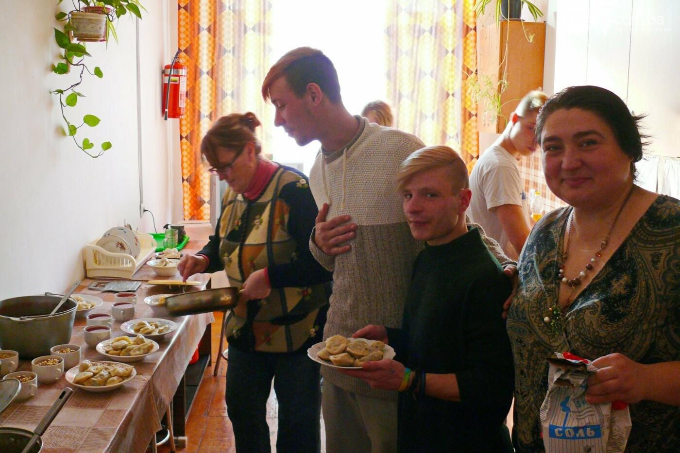 В Дружковке дети-сироты на Крещение научились готовить кутью и вареники (ФОТО), фото-1