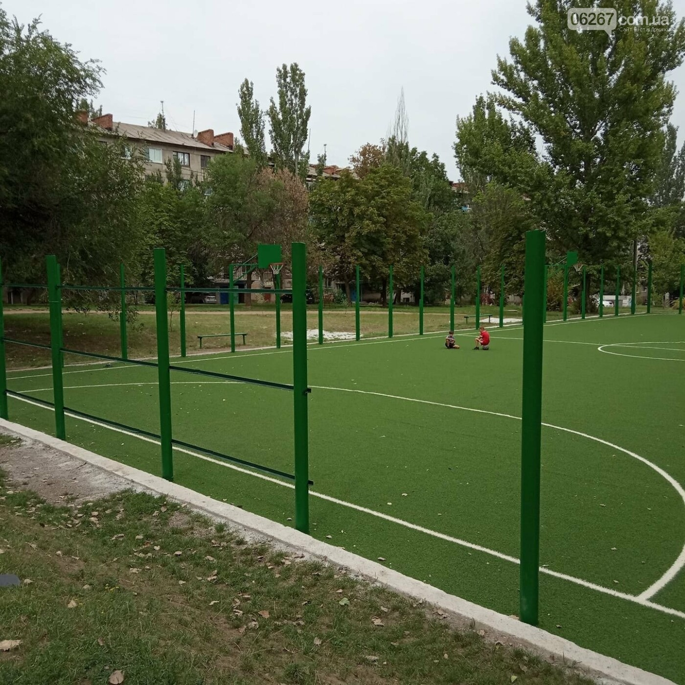 Дружковка: С игровой площадки у школы №7 убрали футбольные ворота (ФОТО), фото-1