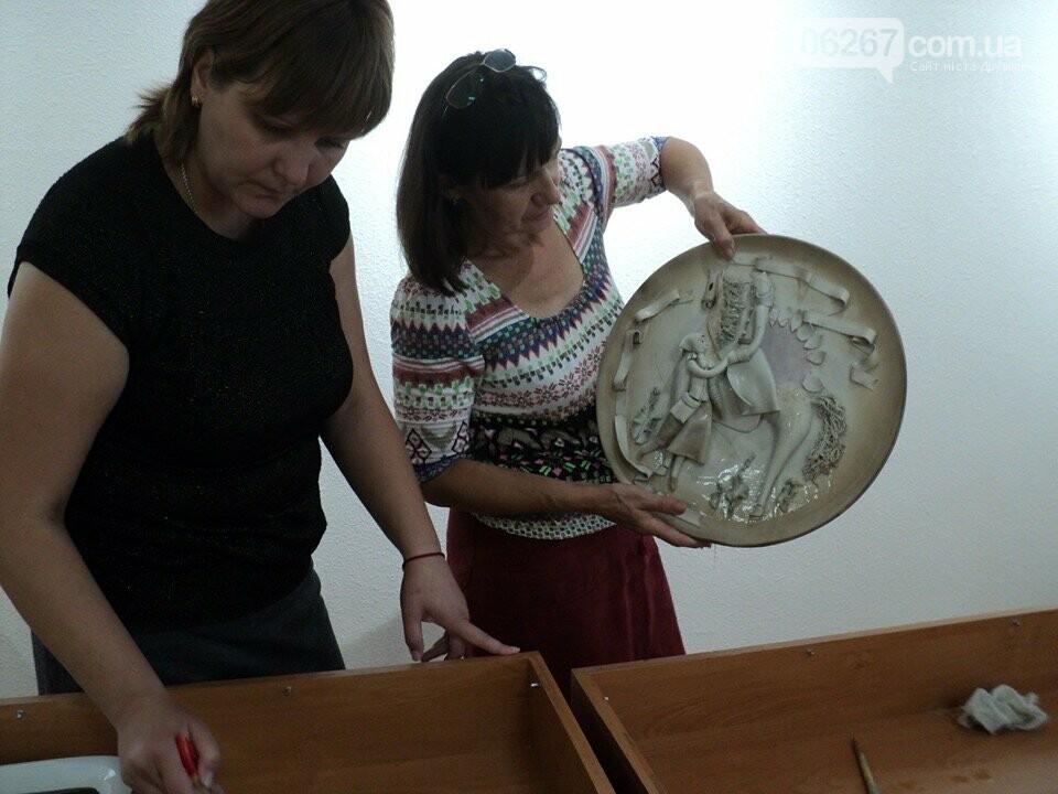 Дружківка: Нові взірці порцелянового мистецтва поповнили фонди історико-художнього музею (ФОТО), фото-9