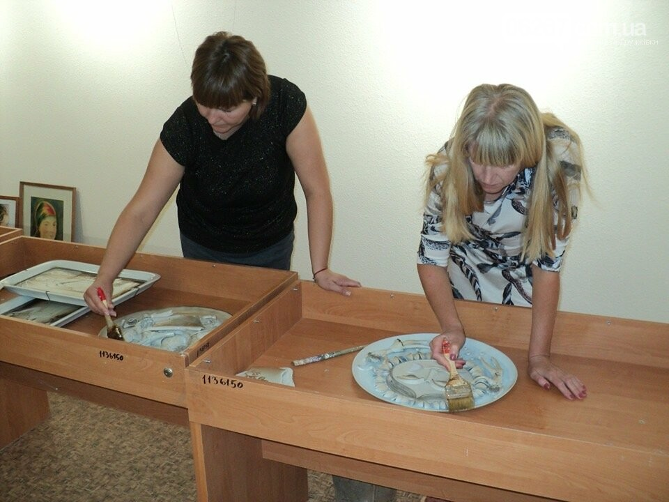 Дружківка: Нові взірці порцелянового мистецтва поповнили фонди історико-художнього музею (ФОТО), фото-4