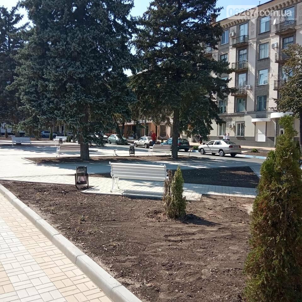 Готовность №1: Как выглядит площадь Соборная в Дружковке за сутки до празднования Дня города (ФОТО), фото-6