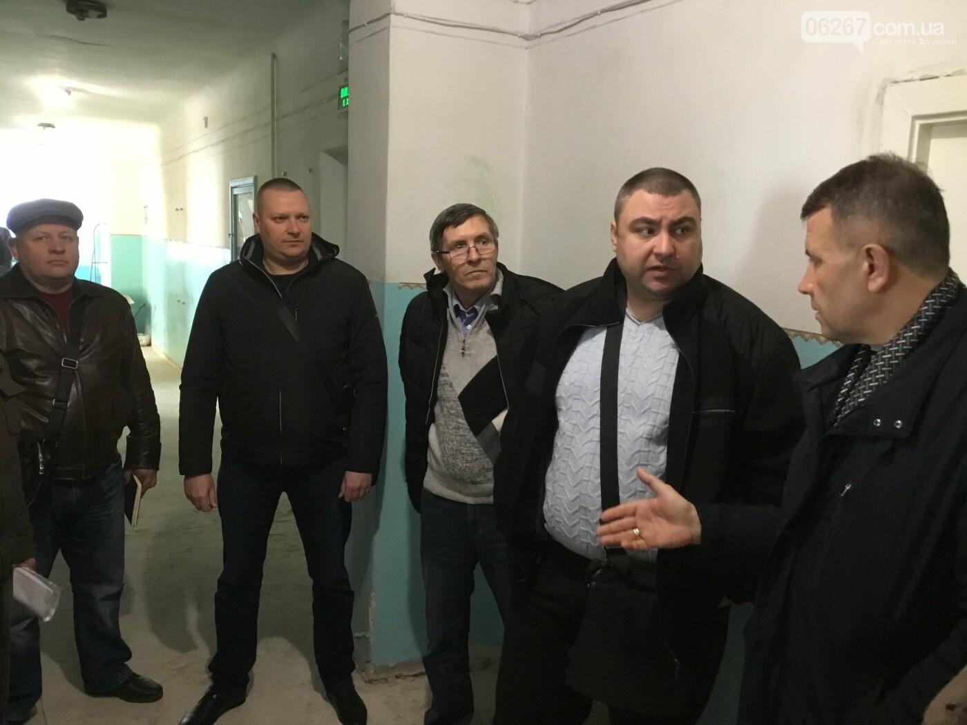 Ремонт на 7 миллионов: Для больничного лифта Дружковской ЦГКБ сделают новую шахту (ФОТО, ВИДЕО), фото-3