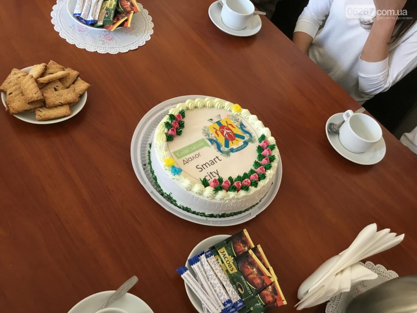 Дружковские школьники в День местного самоуправления голосовали в сессионном зале и пили чай с секретарем горсовета (ФОТО), фото-12