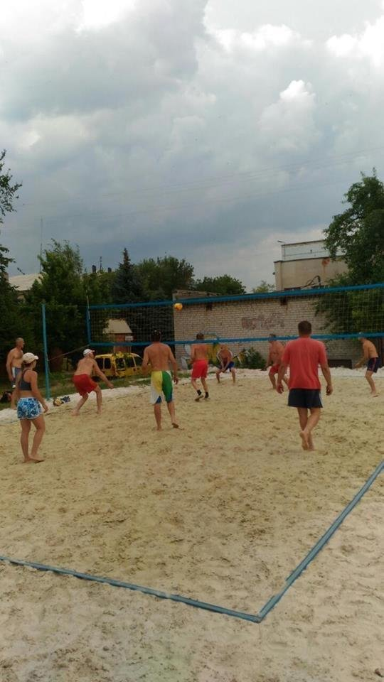 В Дружковке в пляжный волейбол можно поиграть прямо в центре города, фото-1