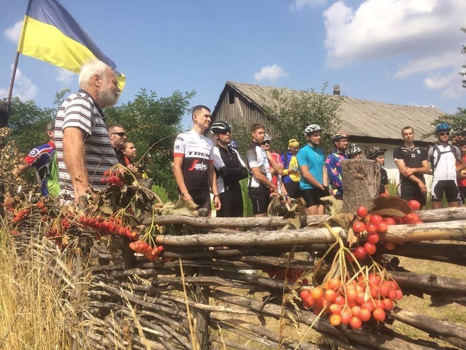 День Независимости дружковский клуб LEVEL отметил велопробегом, фото-1