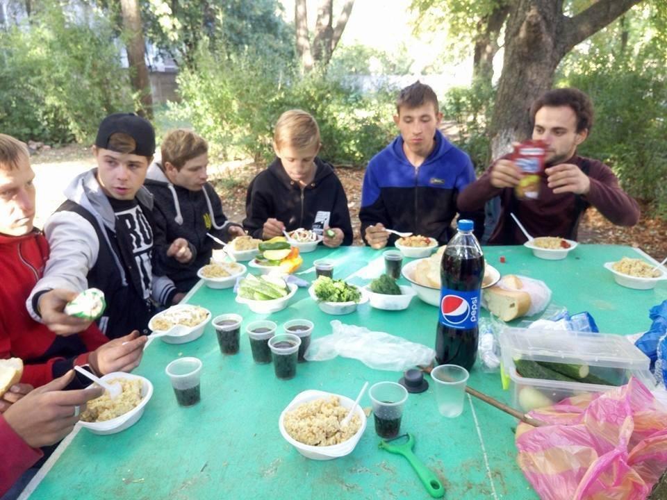 """В Дружковке активисты """"Перемоги"""" обучали детей-сирот навыкам туризма, фото-1"""
