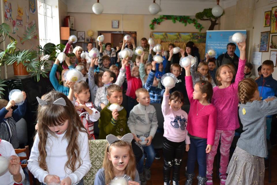 Правилам общения с незнакомцами детей в Дружковке учили на примере сказки, фото-1