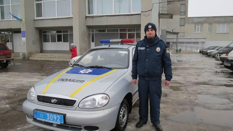Полицейским Дружковки вручили ключи от нового служебного автомобиля, фото-2