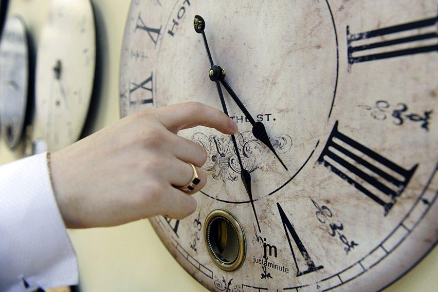 Когда украинцам переводить часы на летнее время, фото-1