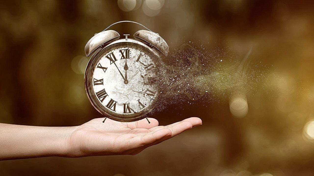 Зачем переводят часы, фото-1