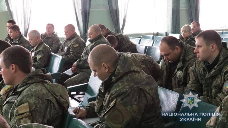 В Дружковке стражи порядка учились эффективно обезвреживать вооруженных преступников, фото-1