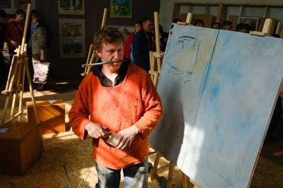 В Дружковке торжественно открылась выставка пленэрных работ «Краски нашей страны», фото-1