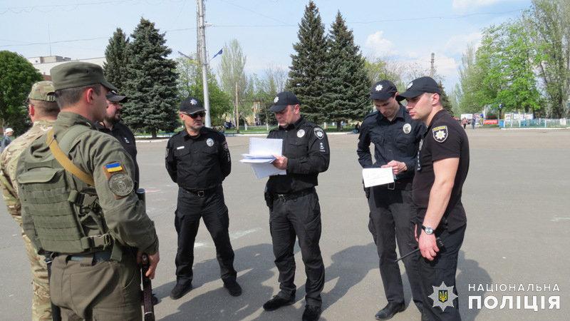 За шесть часов в Дружковке была раскрыта кража, выявлено два нелегала и составлено 45 админпротоколов, фото-1