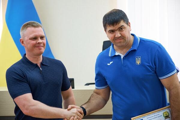 За успешные выступления на мировой арене спортсмены из Дружковки получили солидные премии, фото-2