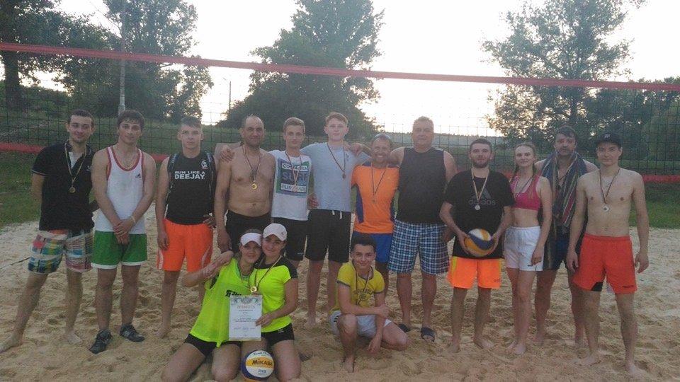 По случаю открытия сезона в Дружковке провели городской турнир по парковому волейболу (ФОТО), фото-3