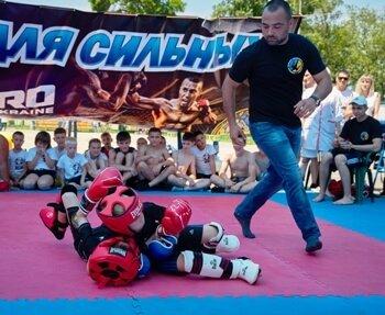 Команда из Дружковки стала бронзовым призером областного турнира по смешанным единоборствам (ММА), фото-2