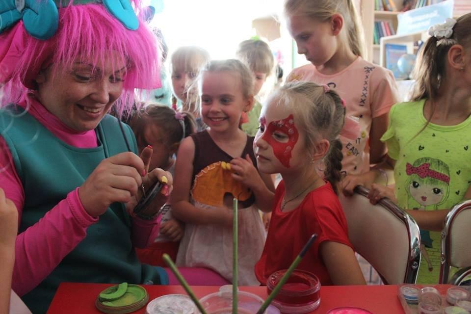 Дружковка: До конца лета по пятницам в «Грайлике» проводятся традиционные забавы для детей, фото-2