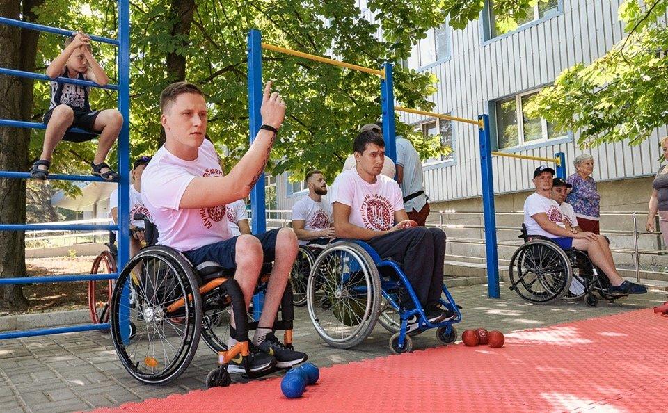 """Мешканець Дружківки бере участь у конкурсі для чоловіків з інвалідністю """"Мужність без обмежень"""" (ФОТО), фото-1"""