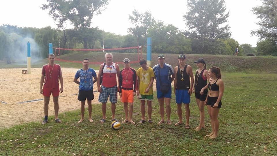 У Дружківці пройшли змагання з пляжного волейболу та кросмінтону (ФОТО), фото-1