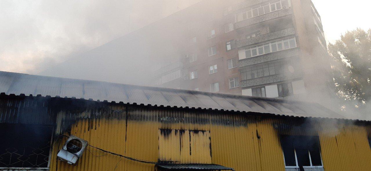 В Дружковке сгорел рынок «Магнат» (ФОТО), фото-6