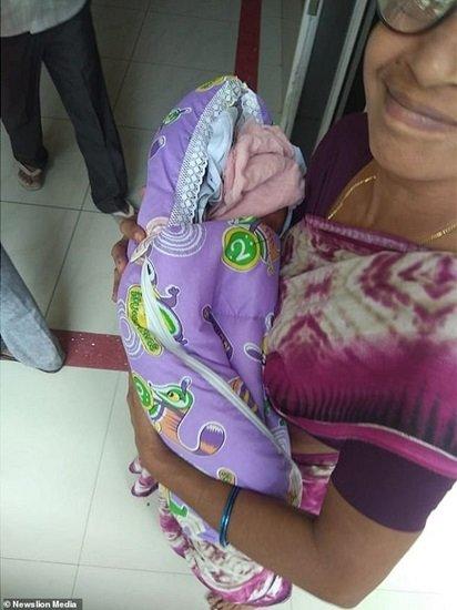 В Индии женщина родила двойню в 74 года и установила мировой рекорд, фото-1
