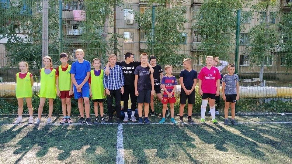 Дружковка: В школе №12 дан старт ежегодному первенству по футболу (ФОТО), фото-1
