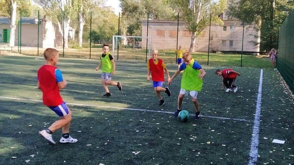 Дружковка: В борьбу за победу в футбольном турнире ОШ №12 вступили пяти- и шестиклассники (ФОТО), фото-2