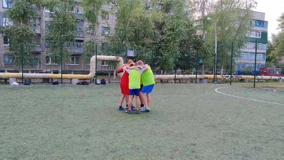 Дружковка: В ОШ №12 подвели промежуточные итоги первенства школы по футболу, фото-1