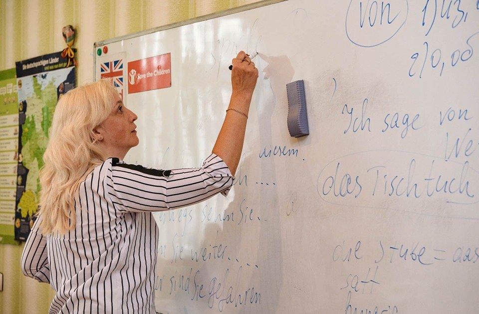 Дружківка: Вивчати іноземну мову з новими книжками стане веселіше (ФОТО), фото-2