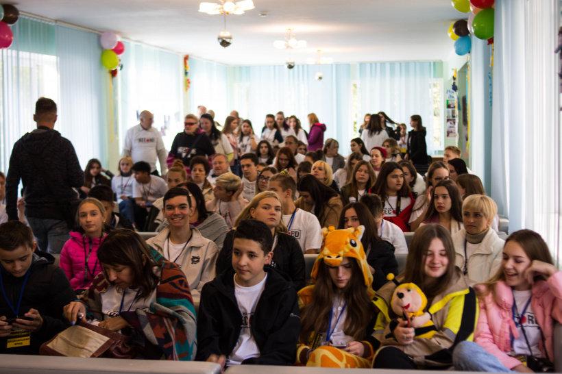 Журналісти шкільної газети з Дружківки отримали нагороду фестивалю дитячих та молодіжних ЗМІ України (ФОТО), фото-1