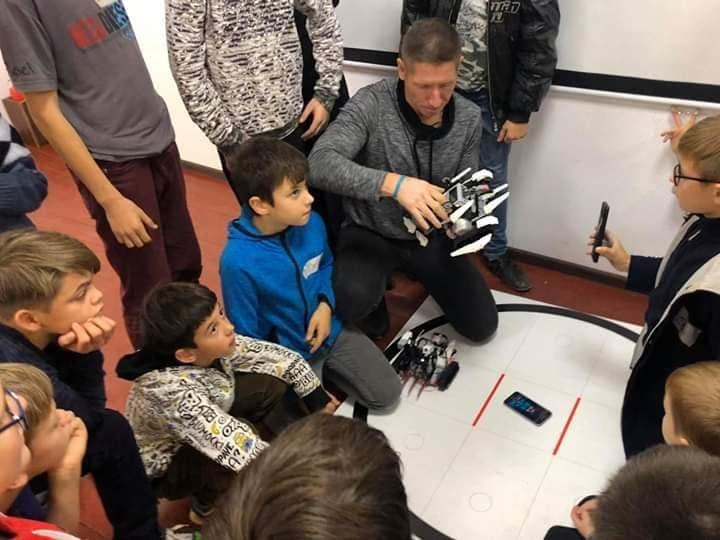 Діти та роботи: У Дружківці вперше відбувся дводенний курс-інтенсив з робототехніки (ФОТО), фото-2