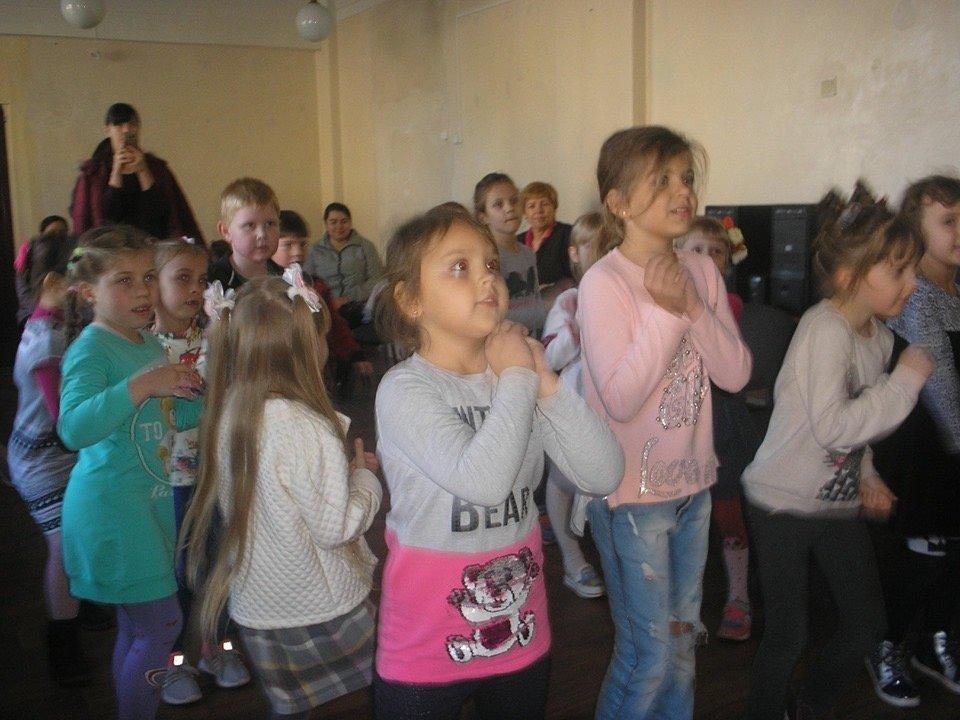 У Дружківці школяри на канікулах розважаються навіть у бібліотеках (ФОТО), фото-3