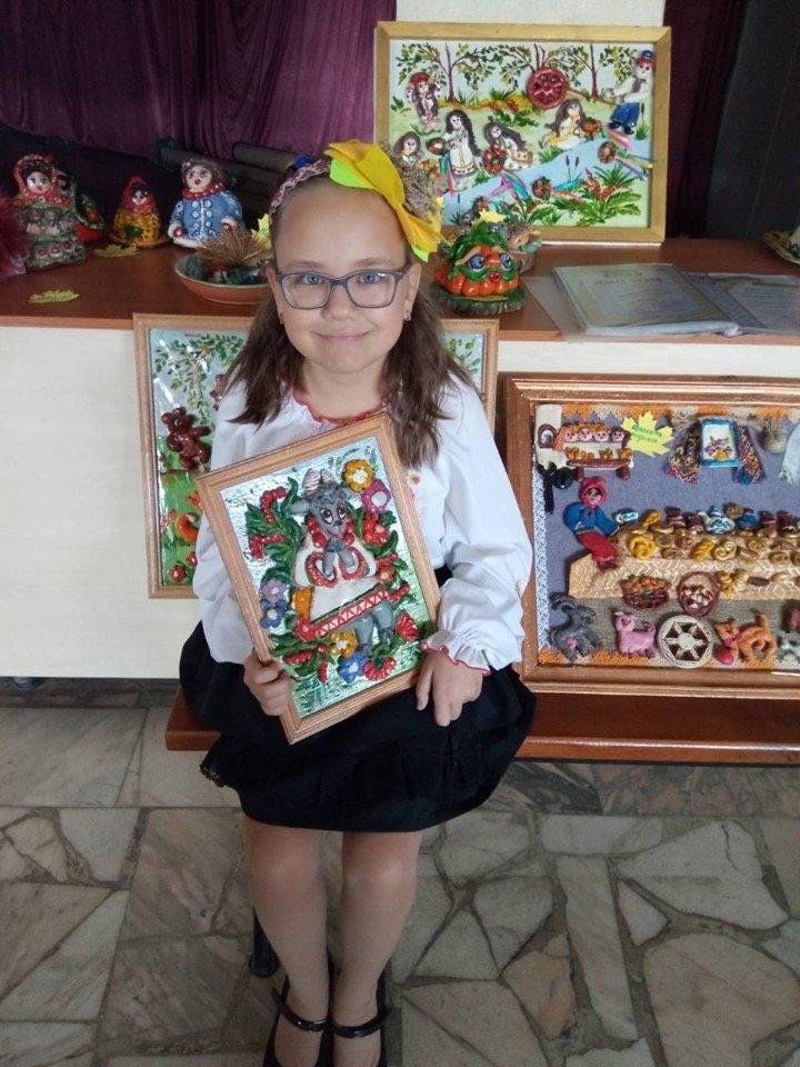 За «Святкові гуляння» п'ятикласниця з Дружківки отримала почесну нагороду (ФОТО), фото-2