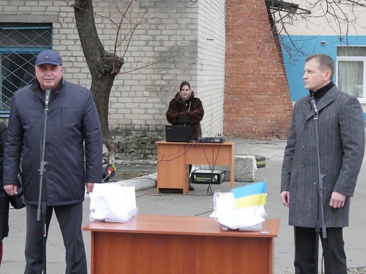 Поселку Кондратовка выделили новенький «Рено» для перевозки пациентов, фото-1