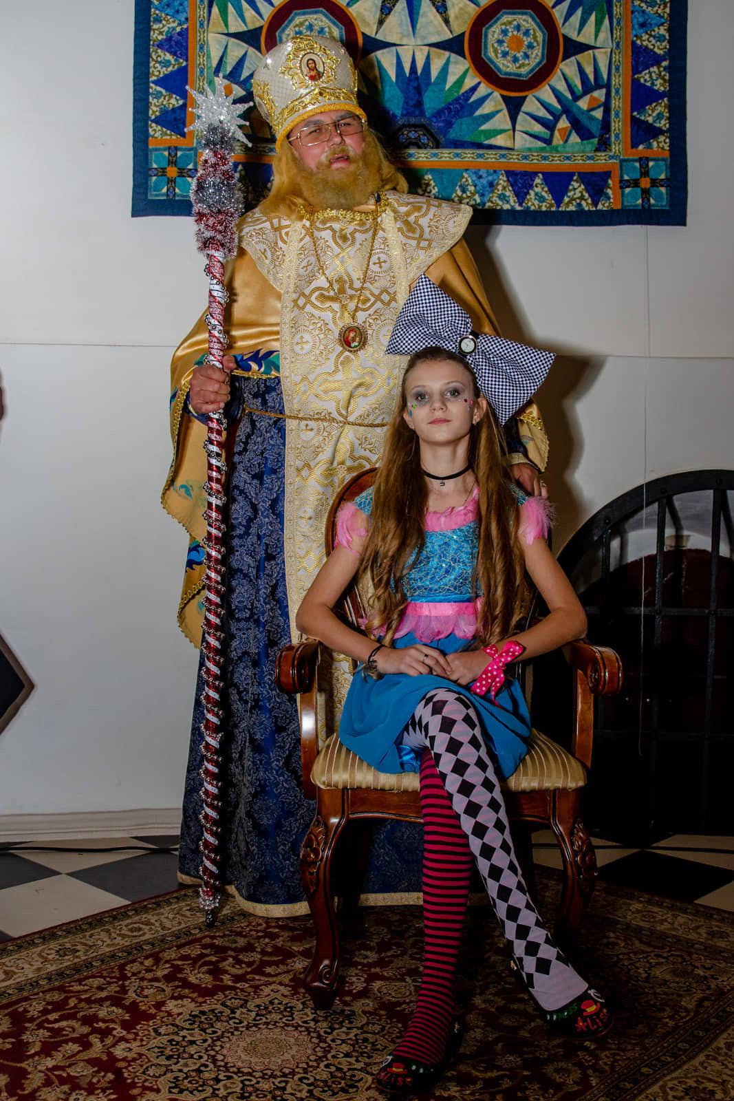 Юная дружковчанка представила собственную коллекцию одежды в резиденции Святого Николая (ФОТО), фото-5