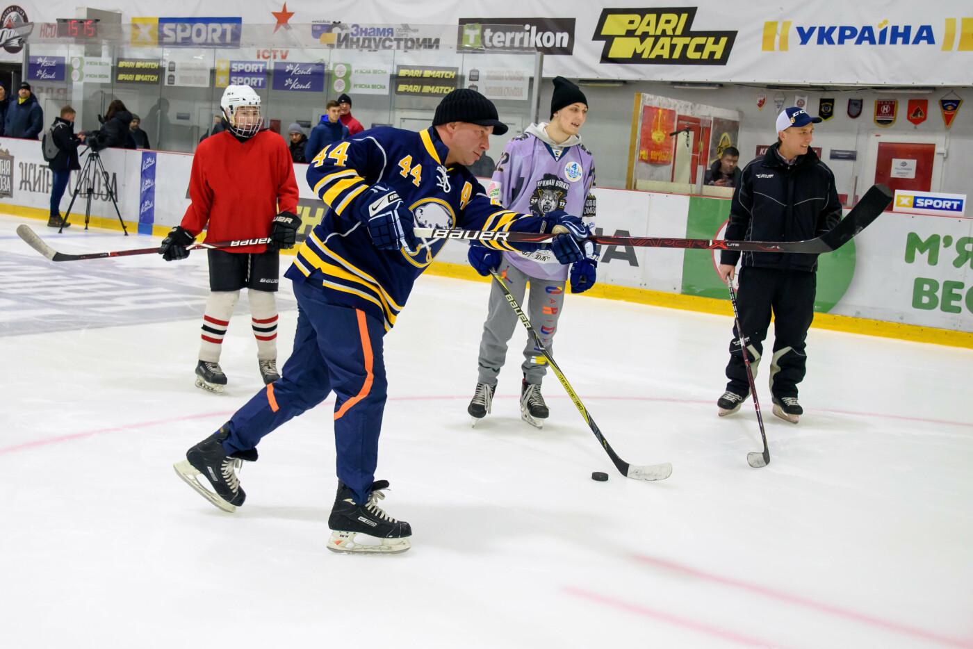 Дружковка: На ледовой арене «Альтаир» звёзды хоккея провели тренировку и мастер-классы для всех желающих (ФОТО), фото-1