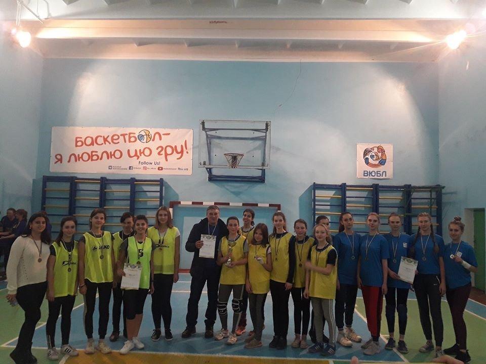 В Дружковке определились призеры чемпионата города по волейболу среди школьных команд девушек, фото-2