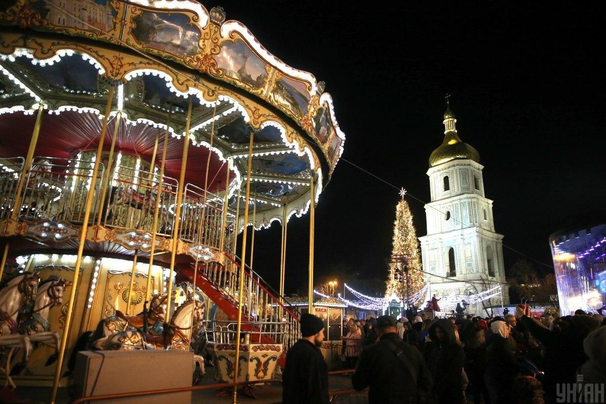 Ялинки України. Як виглядають головні Новорічні красуні у різних містах, фото-2