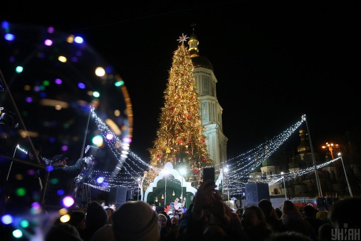 Ялинки України. Як виглядають головні Новорічні красуні у різних містах, фото-3