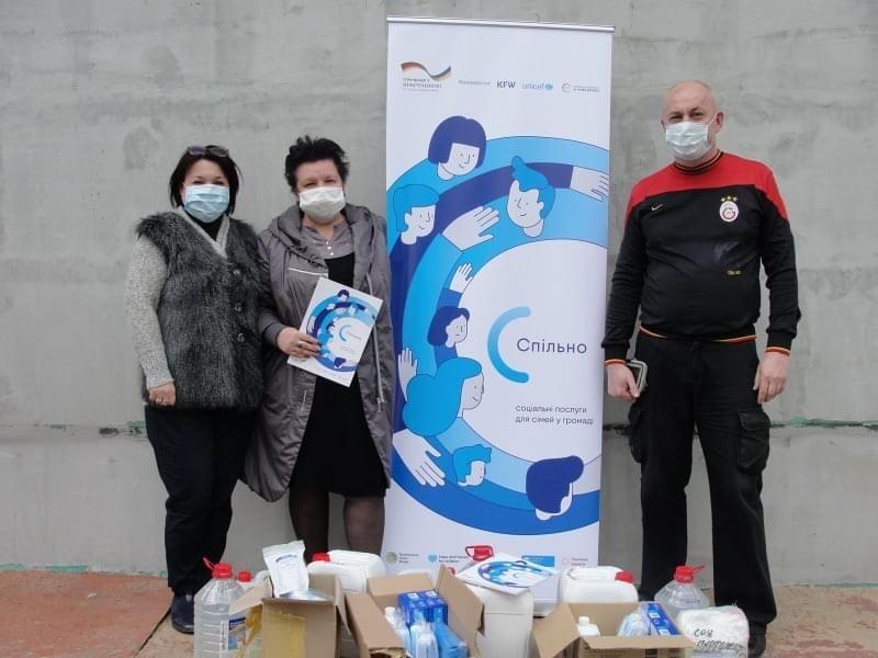Дружківка: Волонтери надали допомогу дітям-сирітам (ФОТО), фото-2
