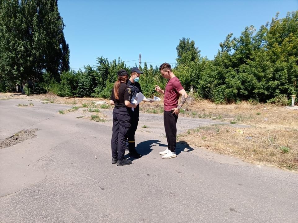 Дружківка: Рятувальники спільно з правоохоронцями застерігали населення про небезпеку пожеж в екосистемах, фото-3