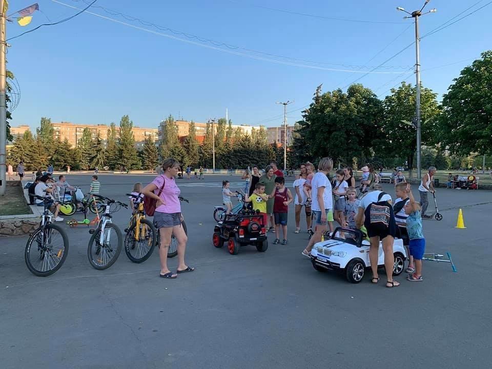 Дружківка: На площі Молодіжній тривають спортивні змагання , фото-3