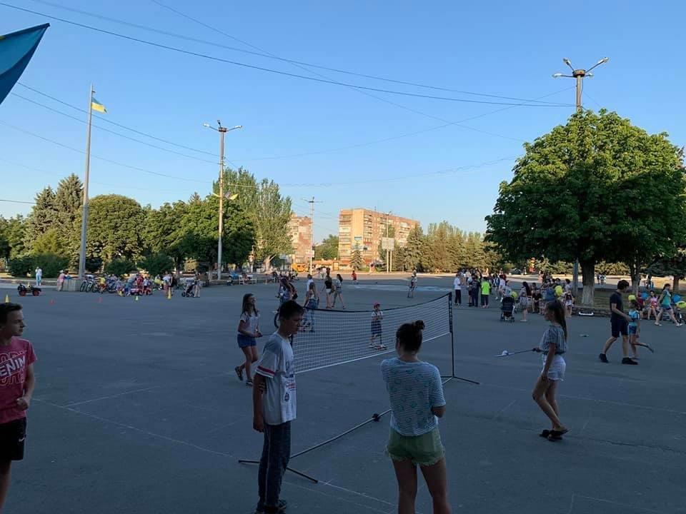 Дружківка: На площі Молодіжній тривають спортивні змагання , фото-4