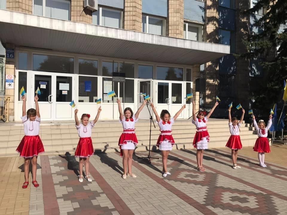 В Дружківці сьогодні відбувся урочистий захід на честь Дня державного прапору України, фото-3
