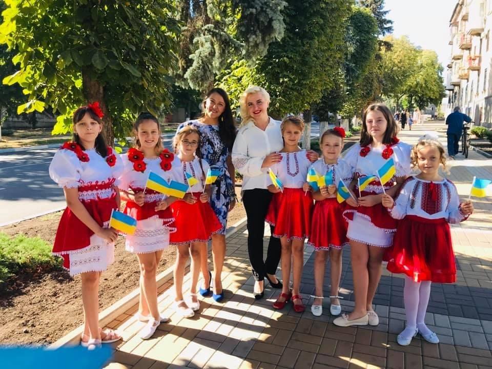 В Дружківці сьогодні відбувся урочистий захід на честь Дня державного прапору України, фото-4
