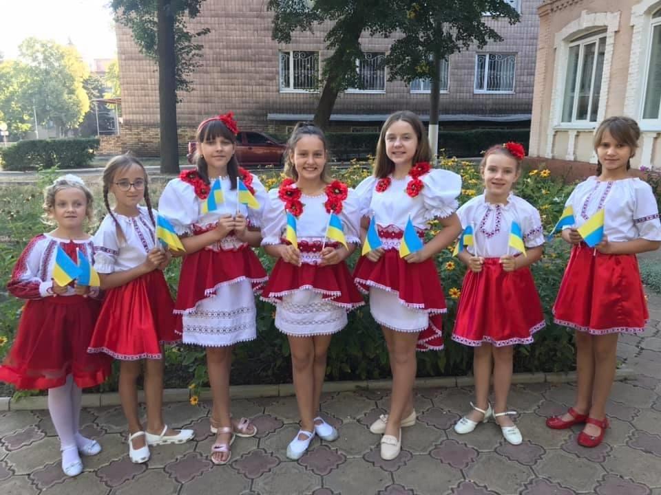 В Дружківці сьогодні відбувся урочистий захід на честь Дня державного прапору України, фото-2