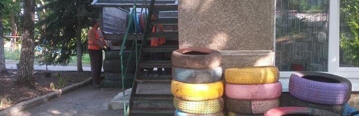 Дружківка: Замість відпрацьованих покришок в шести дитячих садках встановлять ігрові панелі, фото-2