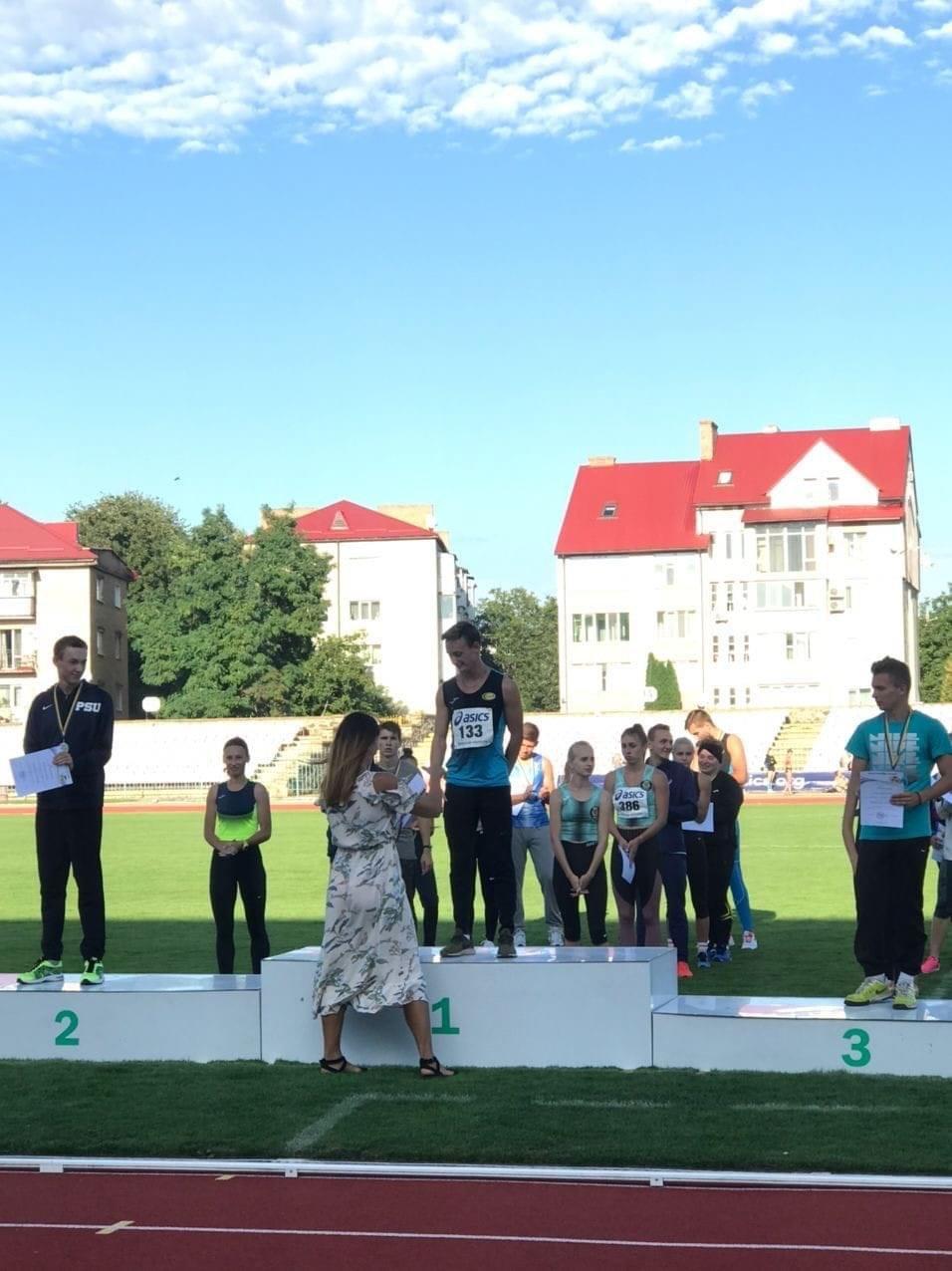 Легкоатлет з Дружківки здобув два «золота» та «бронзу» чемпіоната України, фото-1