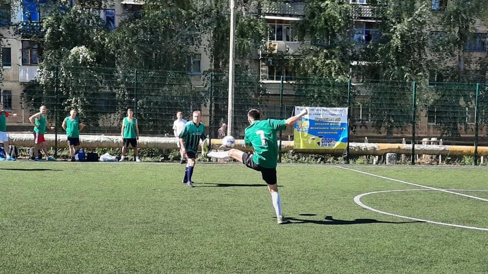 В Дружківці визначилися призери футбольного чемпіонату серед команд підприємств та аматорів, фото-1